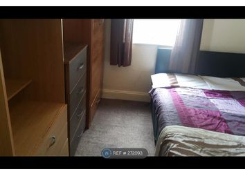 Thumbnail Room to rent in Sandfields Road, London