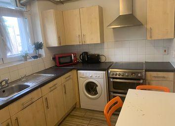 4 bed maisonette to rent in Cambridge Heath Road, Whitechapel E1