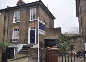 Thumbnail 1 bedroom flat to rent in De Beauvoir Road, London
