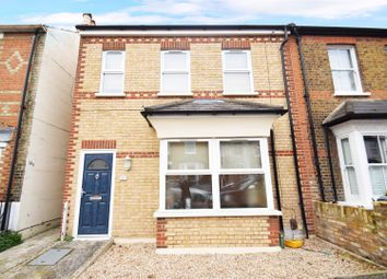 2 bed maisonette for sale in Steele Road, Isleworth TW7