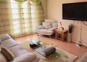 Thumbnail 2 bedroom flat to rent in Cropley Street, London