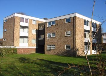 Thumbnail 2 bed flat to rent in Upper Gordon Road, Camberley