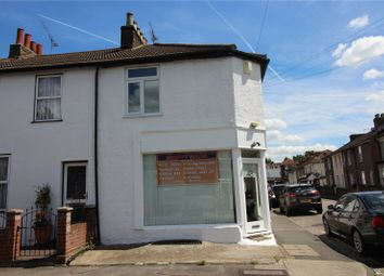 Thumbnail 1 bed flat to rent in Arthur Street, Gravesend, Kent