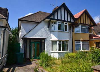 3 bed property for sale in Greenfield Gardens, London NW2