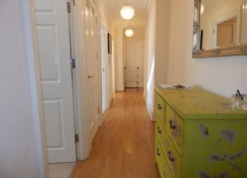 Thumbnail Room to rent in Lingard Avenue, London