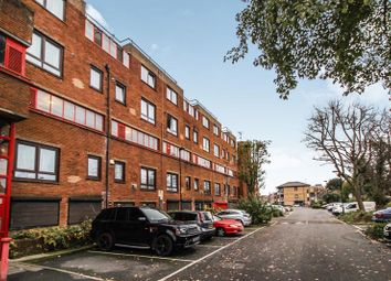 Thumbnail 1 bedroom flat for sale in The Sandlings, Wood Green