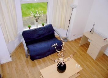 Thumbnail 1 bedroom flat to rent in Flat 2, 63 Brudenell Road, Hyde Park
