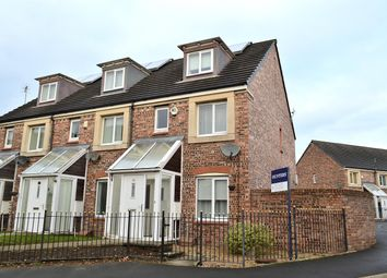 Thumbnail 4 bed town house to rent in Barmouth Walk, Hollinwood, Oldham