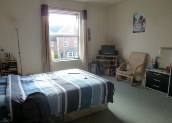 Thumbnail Room to rent in Large One Double Bedroom House Share, St Johns, Worcester
