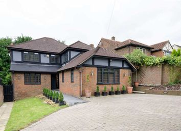 Thumbnail 5 bed property to rent in Barnet Gate Lane, Arkley, Hertfordshire