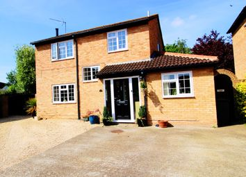 Thumbnail 4 bedroom detached house for sale in Priors Way, Maidenhead