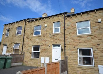 Thumbnail 5 bed town house to rent in Osborne Road, Huddersfield
