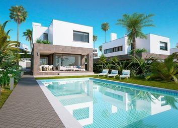 Thumbnail 4 bed villa for sale in Manilva, Costa Del Sol, Spain