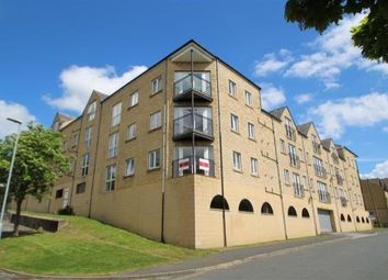 Thumbnail 2 bed flat to rent in West View Boothtown, Halifax