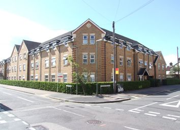 1 bed flat for sale in North Road, Woking GU21