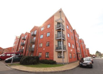 Thumbnail 2 bed flat to rent in Slade Way, Mitcham