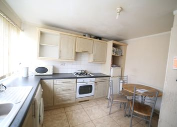 Thumbnail Room to rent in Eaton Green Road, Luton