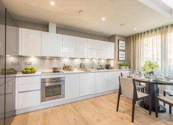 Thumbnail 2 bed flat for sale in Manhattan Plaza, Canary Wharf