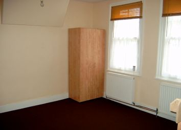 Thumbnail 3 bed duplex to rent in Cazenove, London