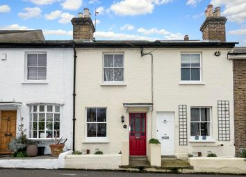 2 bed property for sale in Albert Road, Richmond TW10