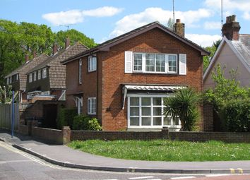 Thumbnail 3 bed detached house to rent in London Road, Cowplain, Waterlooville
