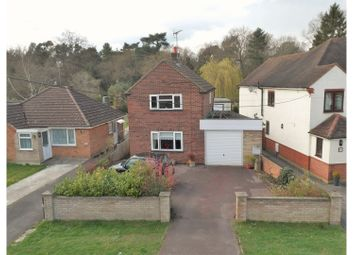 Thumbnail 2 bedroom detached house for sale in New Road, Ascot