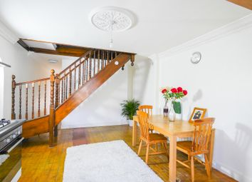 Thumbnail Room to rent in Rhodeswell Road, London