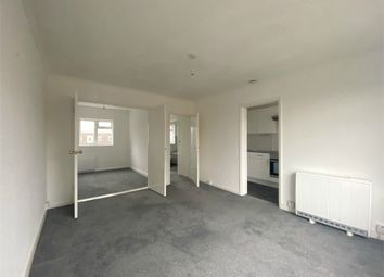 Thumbnail 1 bed flat to rent in Vicarage Lane, Gravesend, Kent
