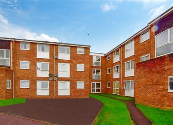 2 bed flat for sale in Snowdrop Close, Chelmsford, Essex CM1