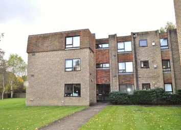 Thumbnail 2 bed flat to rent in Mulberry Court, Guildford