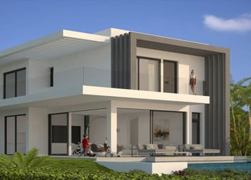Thumbnail 3 bed villa for sale in Spain, Andalucia, Estepona, Ww635