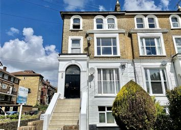 Thumbnail 2 bed flat to rent in Woodland Road, London