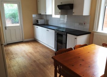 Thumbnail 1 bed flat to rent in London Road, Reading RG1, Reading,