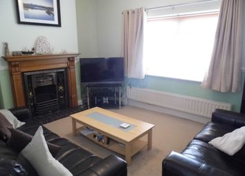 2 bed terraced house to rent in Ovington Terrace, York YO23