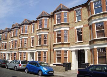 Thumbnail 3 bed flat to rent in Edgeley Road, Clapham