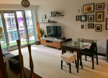 Thumbnail 1 bed flat to rent in Bridges Court Road, London