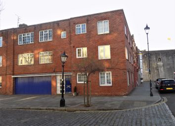 Thumbnail 2 bed flat for sale in Grand Parade, Portsmouth