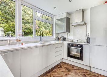 Thumbnail 2 bedroom flat for sale in Sunninghill, Berkshire