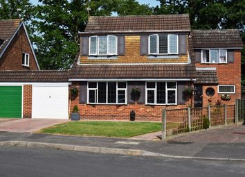 Thumbnail 4 bed property for sale in Holmbrook Gardens, Farnborough