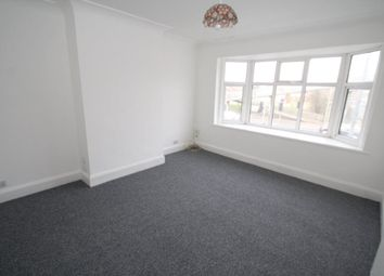 Thumbnail 2 bed flat to rent in Prince Avenue, Westcliff-On-Sea