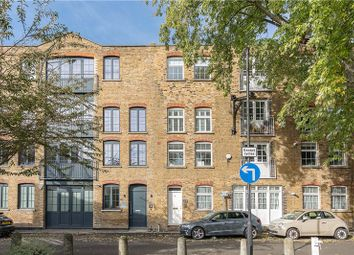 Bowden Street, Kennington, London SE11. 2 bed flat for sale