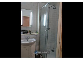 Thumbnail 2 bed flat to rent in Gillespie Road, Islington