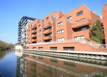 Thumbnail 1 bed flat for sale in Selborne Court, Reading