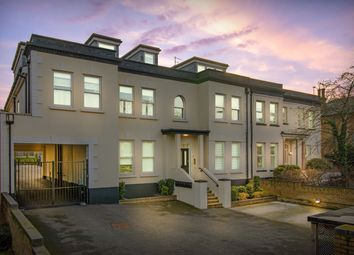 2 bed flat for sale in Epping New Road, Buckhurst Hill IG9