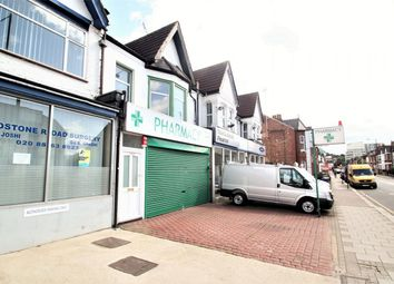 Thumbnail 3 bed flat to rent in Headstone Road, Harrow, Middlesex