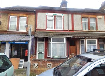 Thumbnail 3 bed terraced house to rent in Shaftesbury Road, Luton