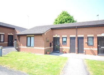 Thumbnail 1 bed property for sale in Kennet Court, Wokingham, Berkshire