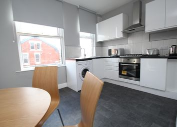 Thumbnail 1 bed flat to rent in Strathmore View, Leeds