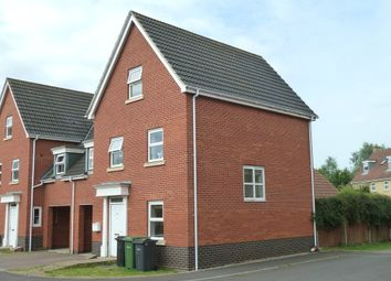 Thumbnail 5 bed link-detached house to rent in Viscount Close, Diss, Norfolk