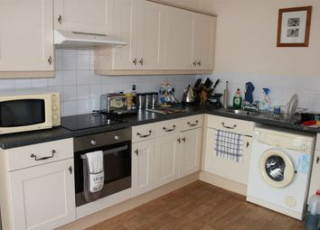 Thumbnail 2 bed flat to rent in Belvedere Road, Taunton